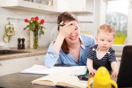 maman débordée : astuces pour améliorer le quotidien