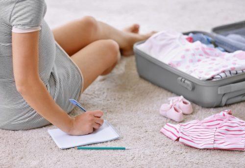 la valise de maternité : que faut-il emporter ?