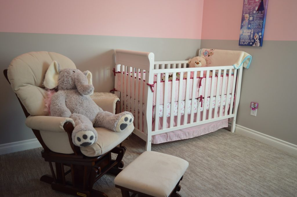 chambre bébé : décoration pastelle
