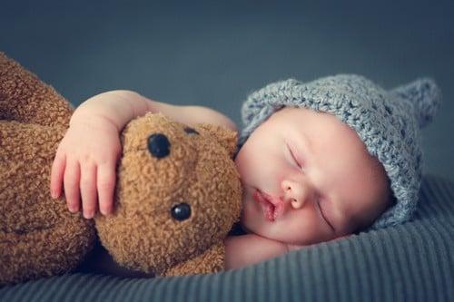 le sommeil de bébé : comment accompagner le tout petit vers le sommeil ? Nathalie Debroke
